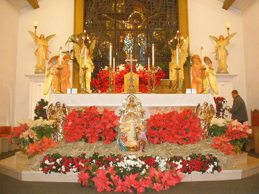 Christmas_Altar.JPG