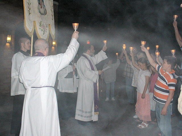 procession_10.JPG