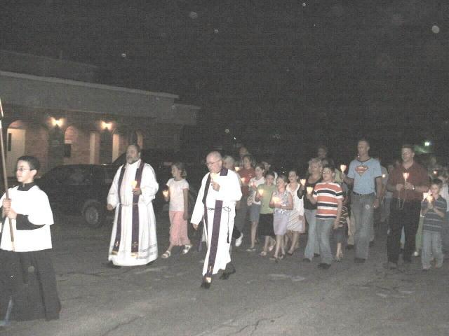 procession_4.JPG