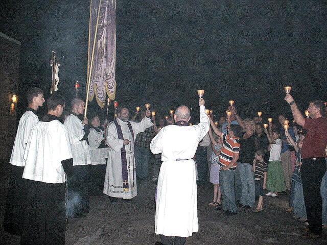 procession_8.JPG