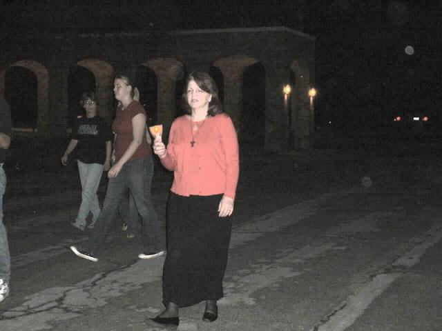 procession_Marlene.JPG